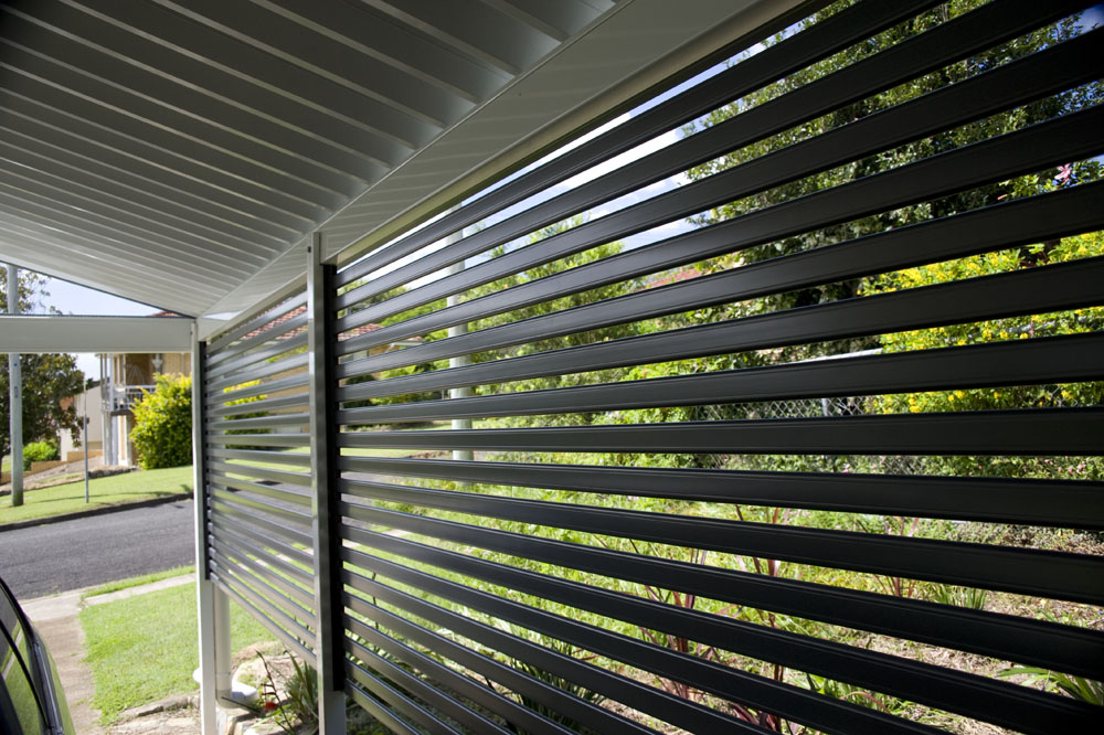 Privacy screenings homeshield brisbane for Balcony privacy solutions